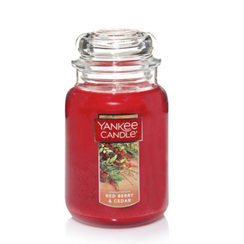 https://www.candlestore.fr/Files/102941/Img/18/Red-Berry-amp-Cedar-Large-Classic-Jar-Candles-Yankee-Candle-big.png