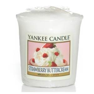 Votive Strawberry Buttercream Yankee Candle