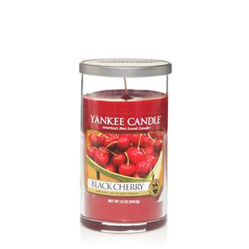 Moyenne Colonne Black Cherry Yankee Candle